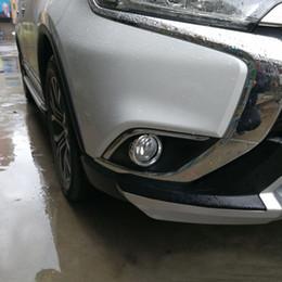 vendita all'ingrosso ABS 2 pz anteriore fendinebbia copertura trim car styling accessori sticker per mitsubishi outlander 2015 + supplier mitsubishi outlander accessories da accessori mitsubishi outlander fornitori