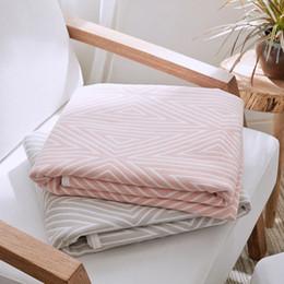 Queen-size-soft-decke online-Soft Cotton Decken auf dem Bett Japan-Art-Sommer-Steppdecke Rosa Khaki Bettwäsche Twin Queen-Size-Anti Pilling Bedspread Blanket