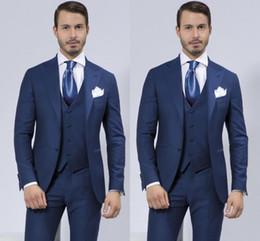 Argentina Por encargo Slim Fit Dos botones Padrinos de boda Solapa Novio Esmoquin Azul Trajes de boda / Prom Best Man Blazer (chaqueta + pantalones + chaleco) cheap two buttons man blazer Suministro