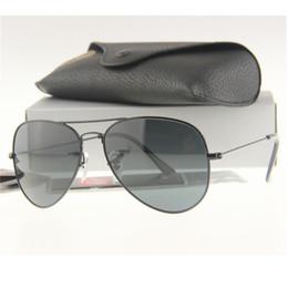 brille ohne objektiv Rabatt Herren Pilot Glaslinse Driving Sonnenbrille, Schwarz / Gold / Silber Rahmen Frauen Metall Spiegel Linsen Sonnenbrille 58mm ohne Box S025