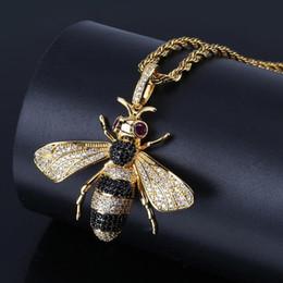 2019 commercio all'ingrosso dei monili dell'ape del miele Bling zircone collane gioielli squisita moda di lusso 18 k placcato oro honey bee pendente collane all'ingrosso hip hop collane ln087 sconti commercio all'ingrosso dei monili dell'ape del miele