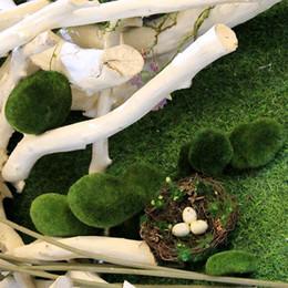 Офис зеленых стен онлайн-Artificial Green Moss Ball Fake Stone Simulation Plant DIY Decorative Window Display Hotel Home Office Plant Wall Decoration