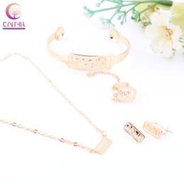 2020 18k brazaletes de oro niños Joyería de la manera 18K plateó el bebé de los niños fija el collar / pendientes / anillo / brazalete niños conjunto regalos joyería 18k brazaletes de oro niños baratos