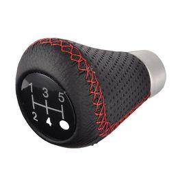 Manopole rosse online-Manuale Pelle Auto 5-Speed Gear Stick Red Stitch universali Autos Maiusc pomello del cambio Kit