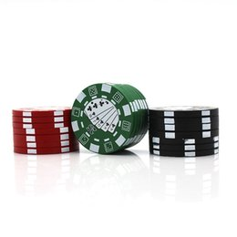 2019 jetons de poker en métal Broyeur à base de plantes 3 pièces de jetons de poker Mini style acrylique broyeur d'épices en métal Broyeur de cigarettes noir rouge vert tabac fumer Broyeur d'herbes à sec jetons de poker en métal pas cher