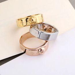 2019 conjuntos de anillo de diamante nscd Diseñador de moda joyas anillos para mujeres Anillo NANOGRAM Anillo de acero inoxidable para pareja de hombres y mujeres Anillos de flores