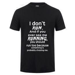 2019 petites blagues Je ne cours pas T-Shirt Hommes Été Décontracté À Manches Courtes Coton Drôle T Shirt Zombie Horreur Blague Humour Fantaisie Robe Fitness Tshirt promotion petites blagues