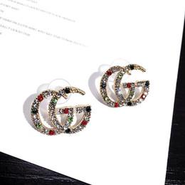 Canada Boucles d'oreilles de femmes de luxe avec la marée de cristal coloré Marque lettre boucles d'oreilles Mode boucles d'oreilles exagérées pour dames Offre