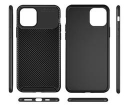 Iphone preto de carbono on-line-Tampa da caixa de telefone de fibra de carbono Ultra Slim TPU Soft Black para iPhone 11 Pro Max