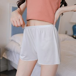 Pantalones ajustados de satén online-Seguridad de satén Pantalones cortos Mujeres Medias cortas Suave encaje transparente ropa interior femenina Safe Shorts Lencería sexy