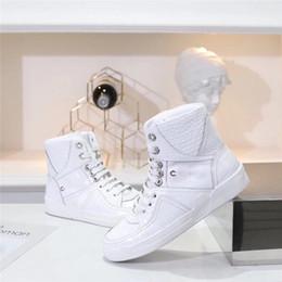 cinturones de cocodrilo Rebajas Nueva moda zapatillas de deporte de cocodrilo en relieve de piel de becerro diseñador de zapatos de lujo de las mujeres blancas de cuero negro caja de cinturón de arranque