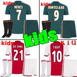 Kits de fútbol personalizados online-2019 2020 Ajax FC Soccer Jerseys kits para niños en casa 19/20 Personalizado # 7 NERES # 10 TADIC # 4 DE LIGT # 22 Camiseta de fútbol ZIYECH