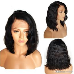 2019 peruca do cabelo humano da parte média do yaki Parte dianteira do laço de cabelo humano perucas para mulheres negras 130% do transporte Remy Perucas Cabelo Humano Bob Peruca Ondulado Curto Perucas gratuito