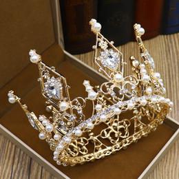 2019 bolos de casamento de ouro branco preto Casamento cabelo NeeFuWoFu Ouro Prata Acessórios barrocas de cristal Tiaras coroas para Mulheres Pérola Handmade nupcial redonda Cabelo Crowns