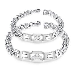 Bracelets commémoratifs en Ligne-Vintage roi et la reine couronne amour Bracelet Designer De Luxe Bijoux Couple Mémorial Bracelet Saint Valentin Cadeau 3-GS1026