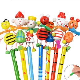 2019 caixas de lápis coloridas por atacado Muitos Estilo Dos Desenhos Animados Primavera Lápis Jardim de Infância Escola Papelaria Estudantes Crianças Caçoa o Presente
