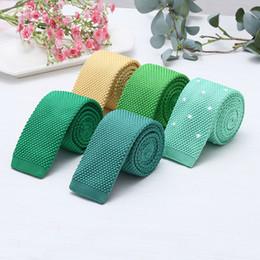 Çok renkli erkekler ve kadınlar için 5.7 cm parçaları kravat genel kış 100-tie örme eğlence dar kravat nereden örme kravat tedarikçiler