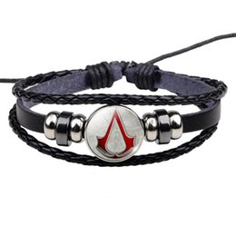 asesino credo regalo Rebajas Assassin's Creed Bracelet Hot Game Assassins Creed Logo Design Geek Jewelry Hombres Mujeres Black Leather Bracelet Game Lover Gift
