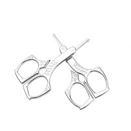 ciseaux à nez inox Promotion Acier inoxydable tête ronde ciseaux à sourcils nez tondeuse à cheveux modèle en acier inoxydable beauté tondeuse maquillage beauté outils HHA347