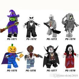 boîte à arme Promotion Halloween Le thème de film d'horreur Comtes Vampires Zombie Reine Akasha Jack Skellington enfants Jouets PG8080