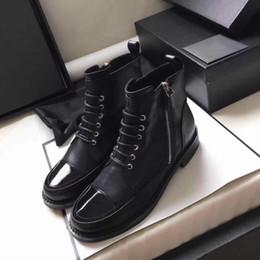 bottes lacées brevetées pour filles Promotion Femmes bottes de designer en cuir de veau lacets de combat boost cuir verni casquette noire bout pointu bottines madden fille rugueux talon chaussures taille US5-10