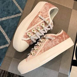 Canada 2019 Sneaker En Gros Kanye West Race Runner Casual Chaussures Blanc Noir Rose Velours Chaussures Trainer Chaussures Avec Box cheap wholesale pink leather Offre