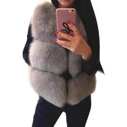 Chalecos para mujeres zorro online-Nuevas Mujeres Chaleco de Piel Sintética Abrigo de Invierno Grueso Cálido Peludo Chaqueta de Piel de Zorro de Lujo Outwear Chaleco Femenino Sólido Abrigo Colete Feminino