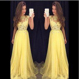 2019 Light Yellow Sheer Neck Prom Dress Sweep Train Lace Zipper Back Mermaid Formal Party Dress Abiti da sera lunghi da
