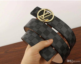 men belt genuine leather design Promo Codes - Hot selling Top seller Classic Design Buckle High Quality Belts For Men Women Genuine Leather Belt black Gold Silver Buckle for gift 8698