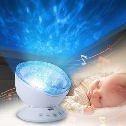 2019 lampada di notte del sonno del bambino Baby Giocattoli luminosi Night Sleep Light Star Sky Oceano Wave Lettore musicale Lampada per proiettore Baby Kids LED Sleep Appease Lights Regali lampada di notte del sonno del bambino economici