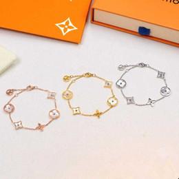 braceletes de ouro branco 24k Desconto L marcas de Hotsales Mulheres desembolsar homens e mulheres pulseira 316L titânio açoLouisVuittoncarta pulseira (sem caixa)