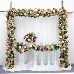 route des fleurs Promotion Fleur Artificielle Rangée BRICOLAGE Soie Fleur Hortensia Pivoine Rose Fleur Arche De Mariage Route Route Lead Hôtel Home Party Décor DIY Flores