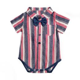 2019 chineses onesies Bebê recém-nascido menino roupas de bebê romper Newborn Romper verão listra gravata borboleta Macacão Macacão de algodão menino roupas de grife bebê A5741