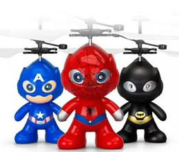 tir à lame en gros Promotion Cartoon volant balle Hero Air RC vol Ball 3 Styles Hero Batman Spiderman Captain America Hero Enfants Adolescents Jouets volants
