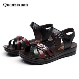 3c5bd16aba27bb Women Sandals Casual Mother Shoes Summer Women Shoes Soft Pu Leather Flat  Sandals Beach Mixed Colors Womens Flat 41