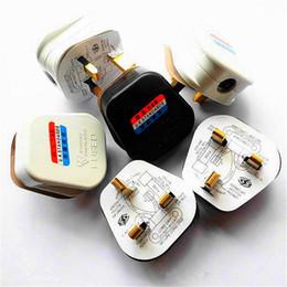 Canada Blanc Noir Mise à la terre 3 broches 250V UK 13A British Mains Plug 3 broches Adaptateur avec fusible Connecteur de câble POWER Convertisseur de fil UK Plug Electrical Plug Offre