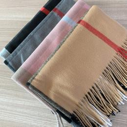 mantas para hombres Rebajas Con caja cuadrada bolsa de papel Pañuelos Manta 2020 mujeres de los hombres de lujo de Bufandas Chales invierno de gama alta del bufanda de la cachemira cuadros clásicos