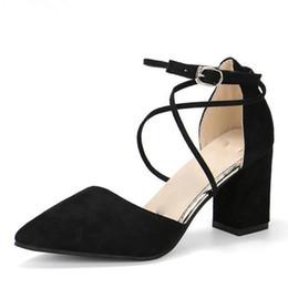 Tacones verdes para mujeres online-Sandalias de gladiador zapatos de mujer sexy punta estrecha bombas para mujer verde damas zapatos zapatos tacones altos boda