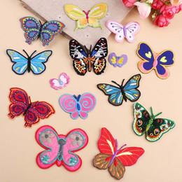 2019 patch di ferro a farfalla 1 pz farfalla ricamo patch trasferimenti di calore ferro su cucire toppe per t-shirt fai da te vestiti adesivi decorativi applique 47244 sconti patch di ferro a farfalla