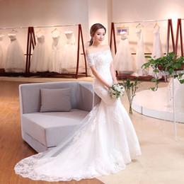 084c94f51 Versión coreana blanco cremoso Una línea de falda vestido de novia de  encaje media manga ligera hombros planos detrás derss cola de pescado  delgado elástico ...
