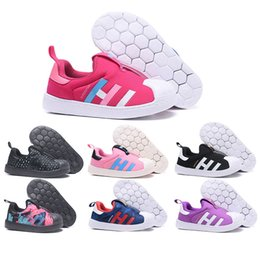 zapatos para niños Rebajas Niños de lujo diseñador de zapatos Superstar Boy Girl Negro Azul Rosa Rojo Negro Punto Negro Púrpura niños Casual Sports Shoes Tamaño 22-35