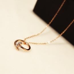 5ae89ee38 estilo coreano moda simples Desconto Novo estilo simples mulheres pingente  de unha colares coreano marca de