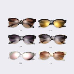2ee13d0035 Venta al por mayor Gafas de sol de ojo de gato Retro Vintage Gafas de sol  Diseñador de la marca Estilo veraniego Tonos Medio marco Espejo Gafas Oculos