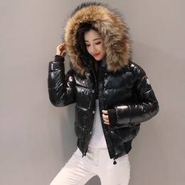 2019 snap pad abrigo de piel negro Grandes mujeres de la chaqueta de invierno de algodón de cuello de piel parkas manera delgada corta engrosamiento abajo estudiante de mujer chaqueta de algodón T191025