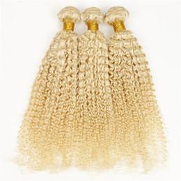 Armadura del pelo rubio ruso online-Irina Beauty extensiones de cabello rizado brasileño # 613 pelo ruso ruso 3pcs / lot 8-32inch afro rizado rizado del pelo