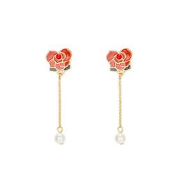 Rosas rojas perlas online-Chica encantadora Pendientes de hadas Rosas rojas Perlas perforadas Mujer 925 Aguja de plata Temperamento e individualidad