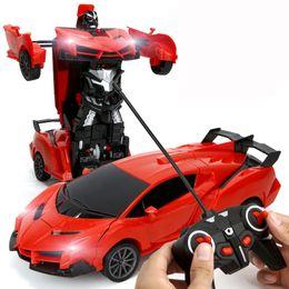 2019 servo de alto torque RC 2 em 1 Transformer Carro Conduzir Veículo Sports Modelo Deformação carro de controle remoto Robôs Brinquedos Crianças Brinquedos C2209