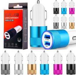 Mini caixa automática on-line-Portas usb dupla carregador de carro 2.1a mini adaptador de energia auto para iphone 6 7 8 x samsung android telefone gps mp3 pc com caixa