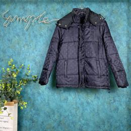 Brillanti cappotti invernali online-19FW Italia inverno caldo in Europa Mens Jackets Luminoso lettera stampa colorata cappotto di lana a maniche lunghe da uomo cerniera cappotti sezione superiore lungo di qualità
