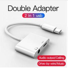 2019 sony mobile audio Adaptador 2in1 3.5mm Aux Jack Auriculares Auriculares Divisor de audio Cable blanco Carga de música para iphone 8 XS Max XR